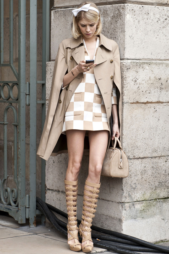 Vogue-ru-Paris-Fashion-Week-Street-Style-3